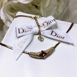 🌹Vtg Christian Dior Gold and Amethyst Necklace🌹